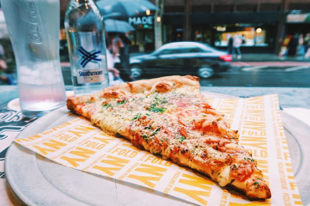 NY Fold margherita pizza