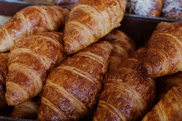 pilre of croissants
