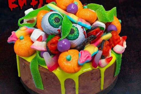 Halloween themed cheesecake