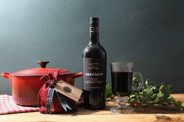 Bottle of wine and mulling spices