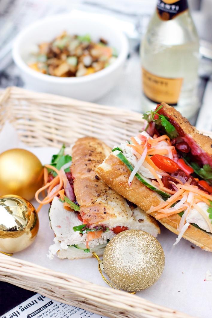 vietnamese_thanksgiving_baguettes